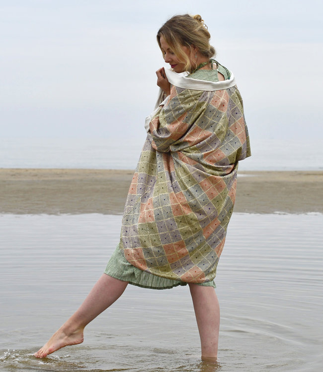 HOWS Lounge coat wild silk embroidered