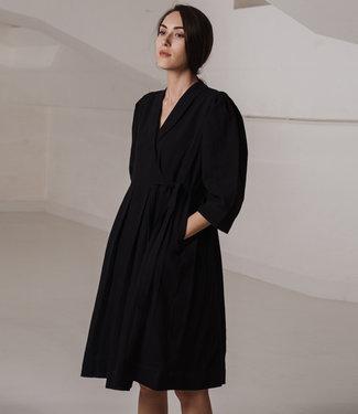 Crow Black dress three quarter sleeves