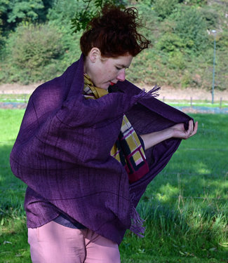 Himalayan Weavers Pashmina scarf purple natural dyes