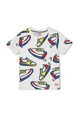 T-shirt sneakers