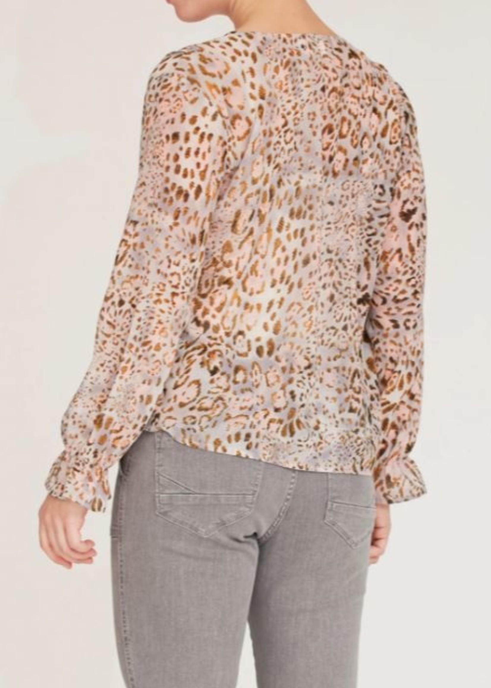 I Say delta blouse pastel animal