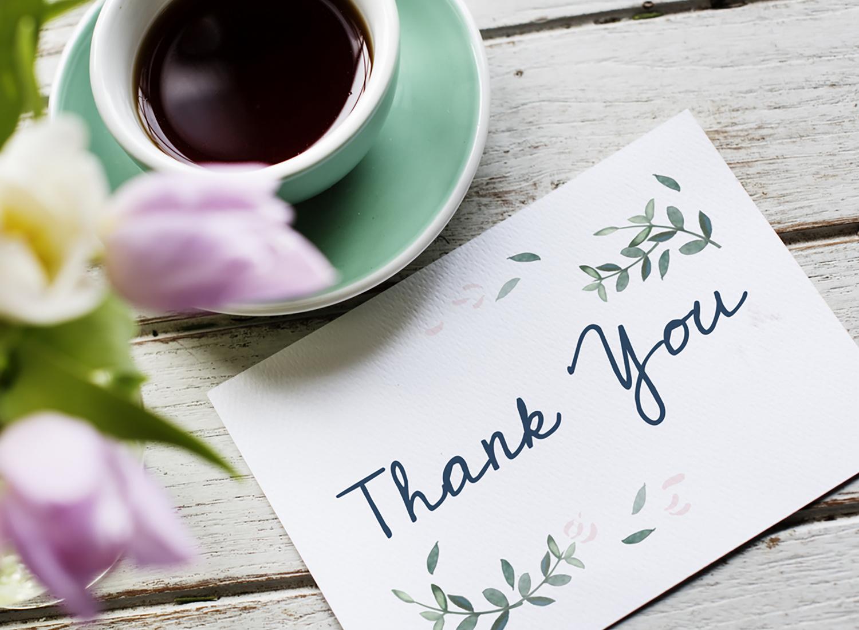 Wat te schrijven op een bedankkaart - bedankberichten voor elke gelegenheid!