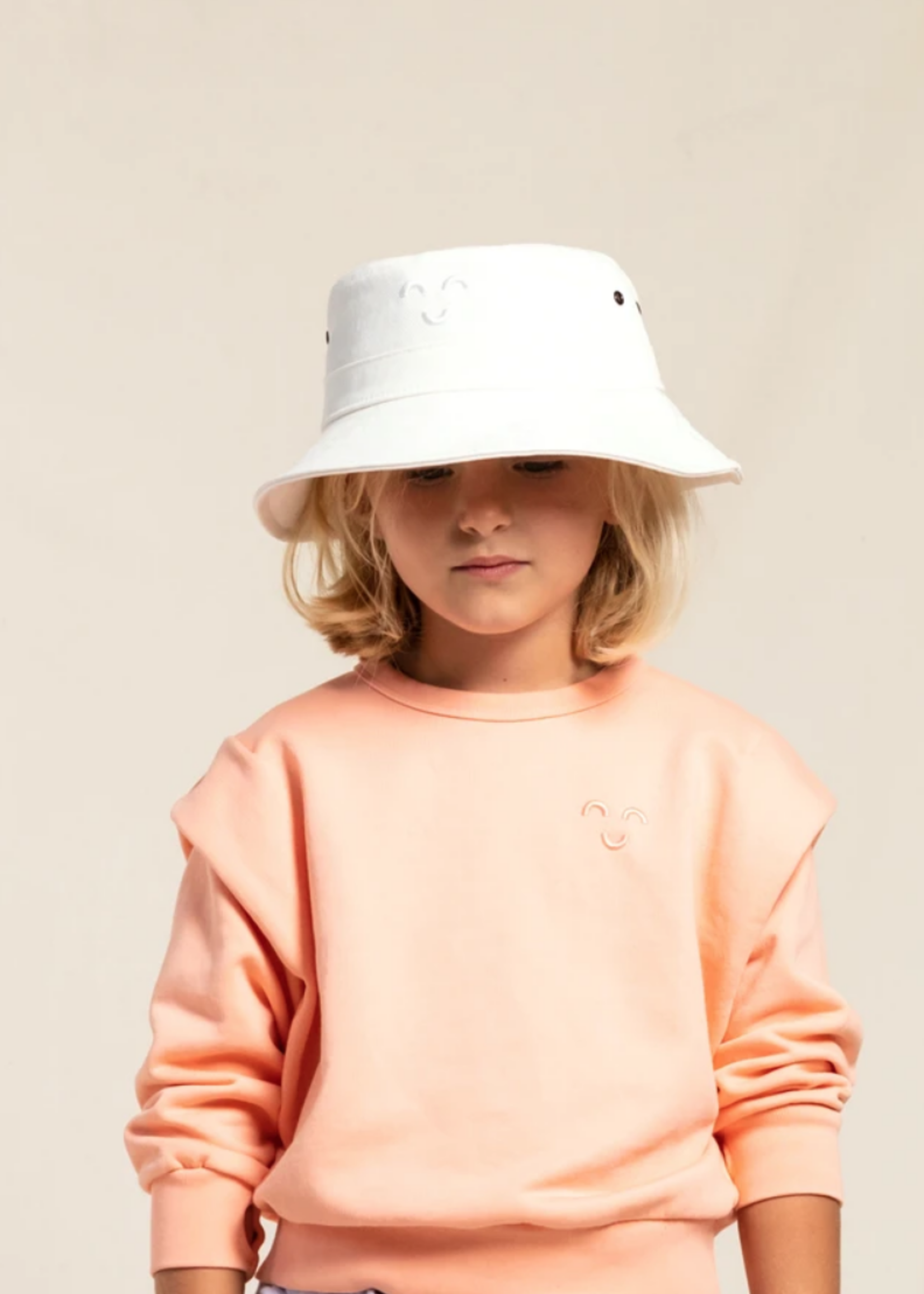 FINGER IN THE NOSE BUCK White - Bucket Hat