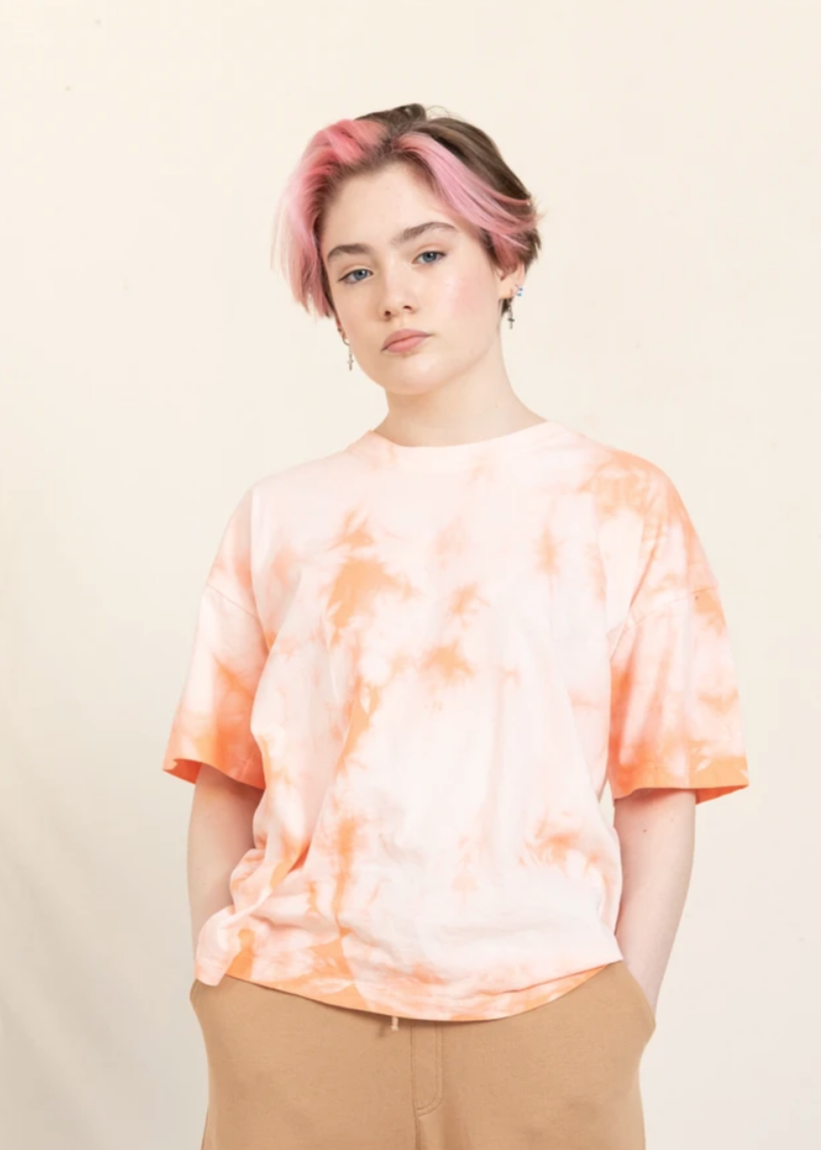 FINGER IN THE NOSE QUEEN Peach Tie & Dye - Short Sleeves T Shirt