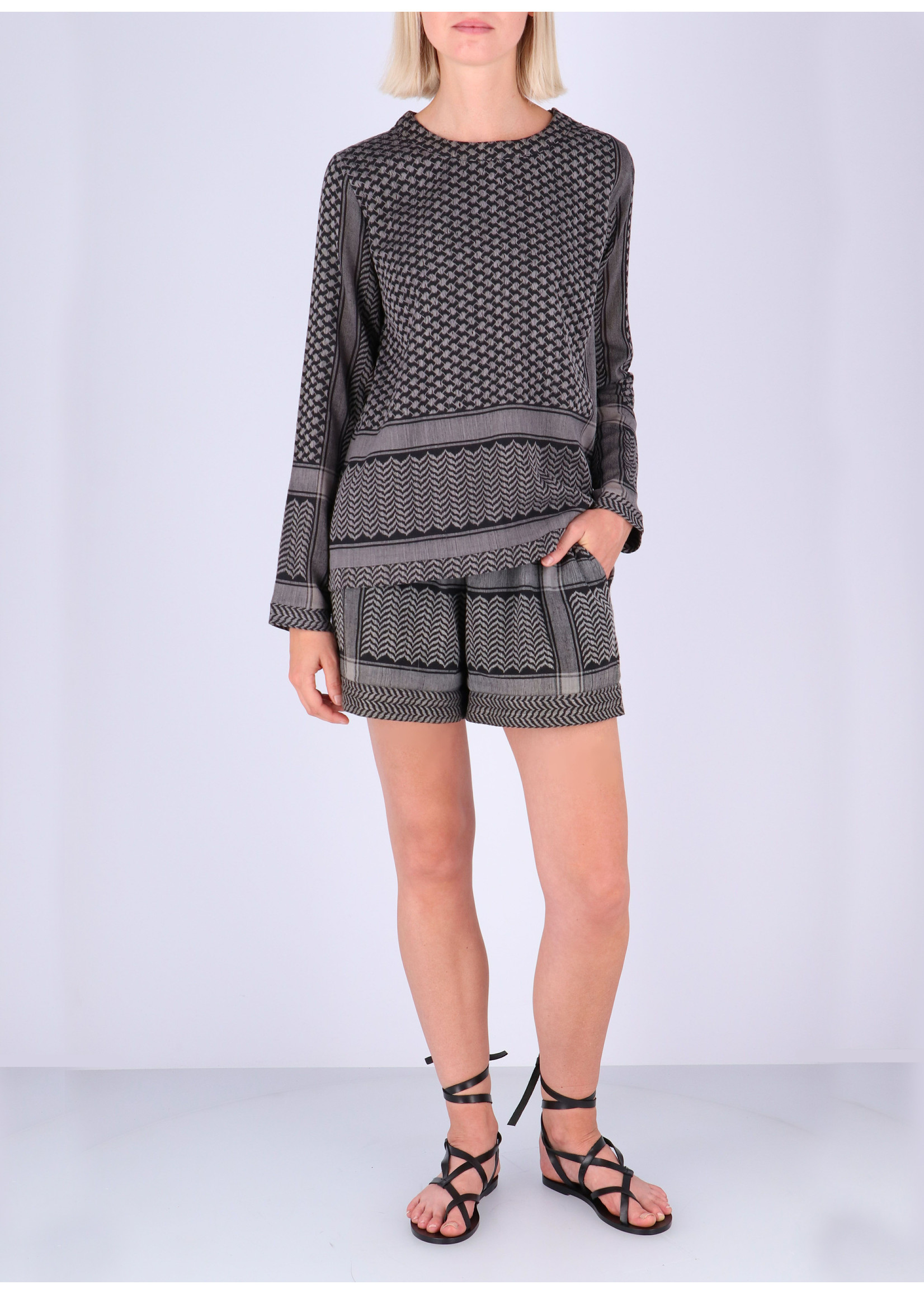 Rough Studios Devito shorts grey/black