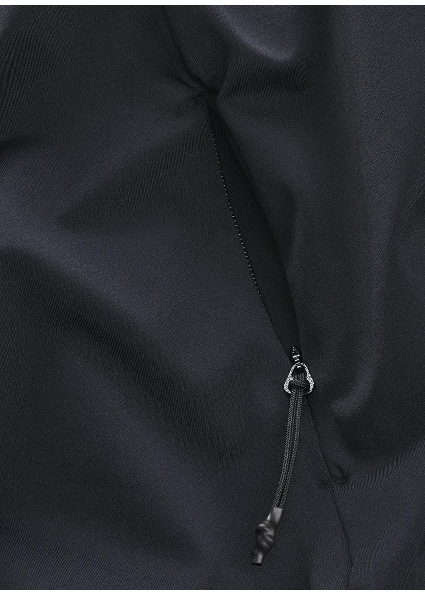 Wahts Boyd cross sports tshirt carbon black