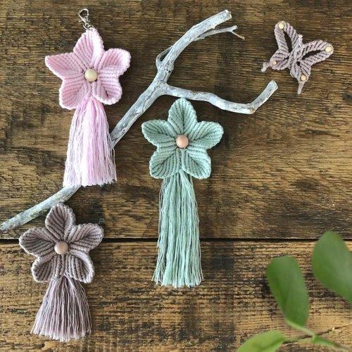 Hearts Sleutel/tassenhanger macrame Flower