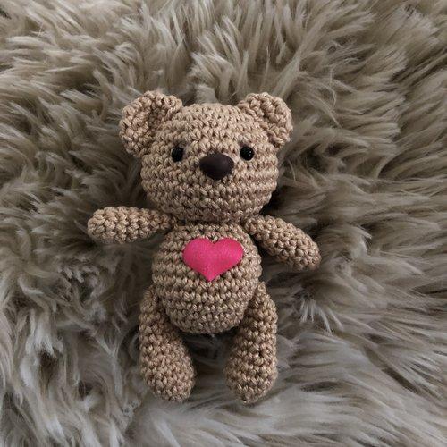 Hearts Valentijnsbeertjes haakpakket per set