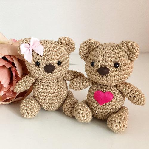 Hearts Valentijnsbeertjes haakpakket