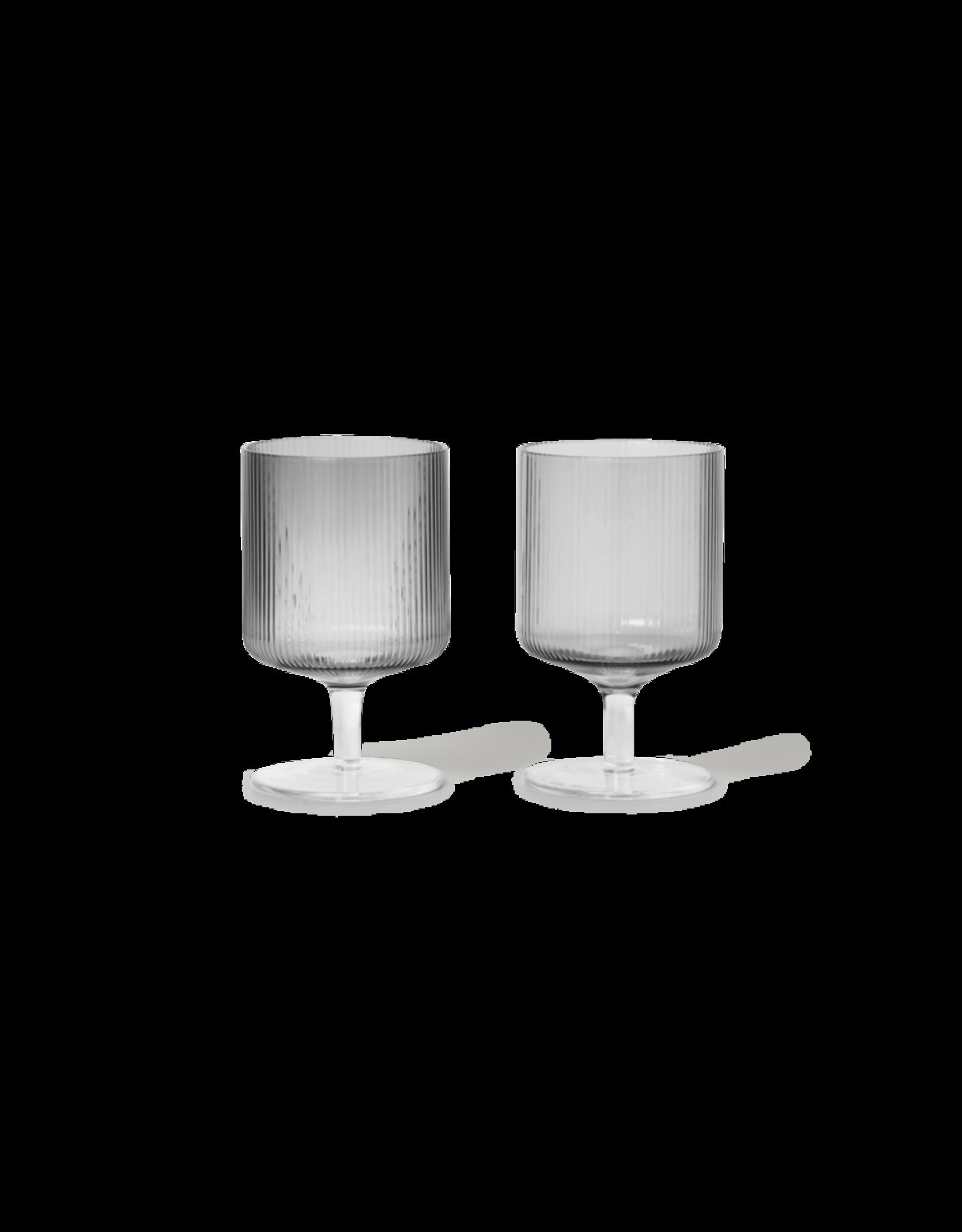 Ferm Living Ferm Living Ripple Wijn Glas - Set van 2 - Smoked Grey