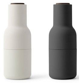 Menu New Norm Bottlegrinder Peper- en zoutmolen - Zwart/Lichgrijs - Set van 2 stuks