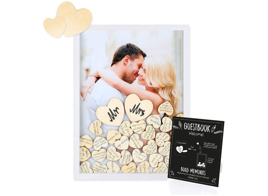 Fissaly® Bruiloft & Huwelijk Gastenboek met 100 Stuks Houten Hartjes