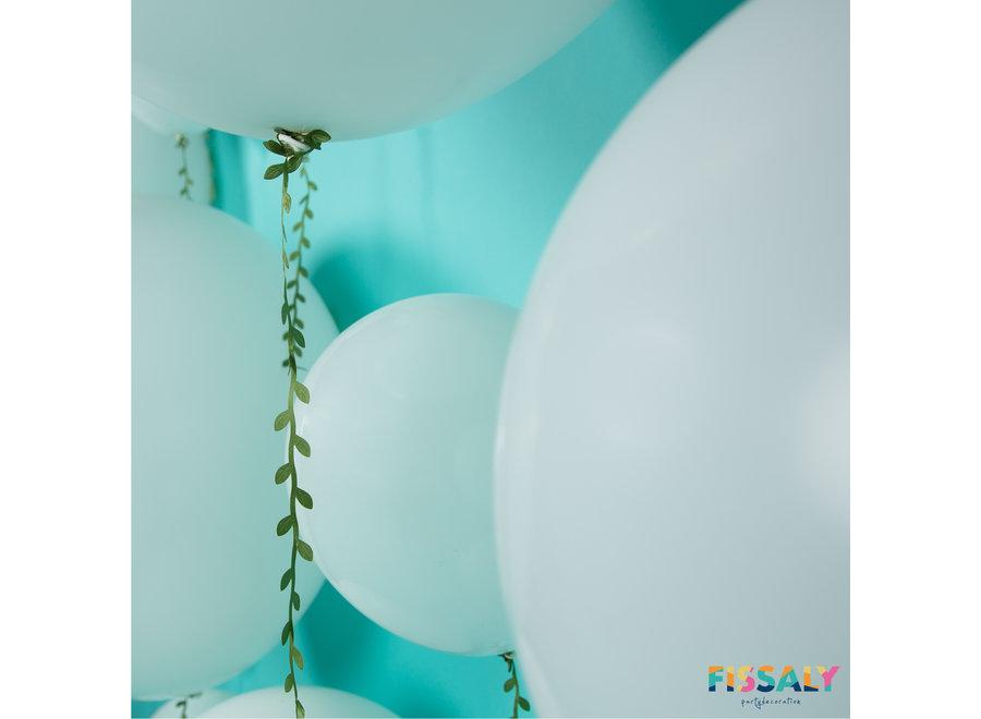 Fissaly® Witte Ballonnen & Kunstbladeren Slinger Lint - Feest Versiering - Decoratie