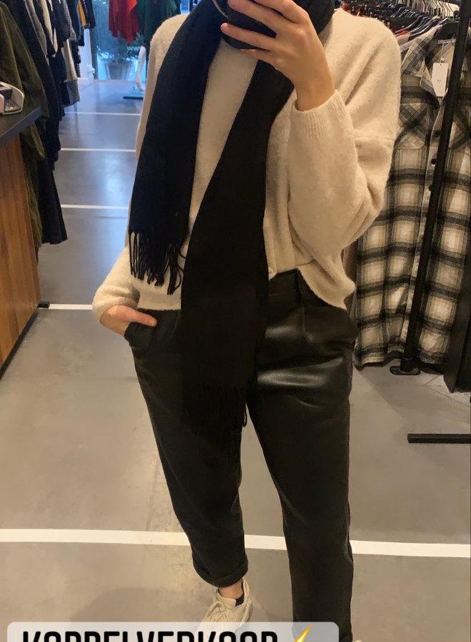 Pants faux leather