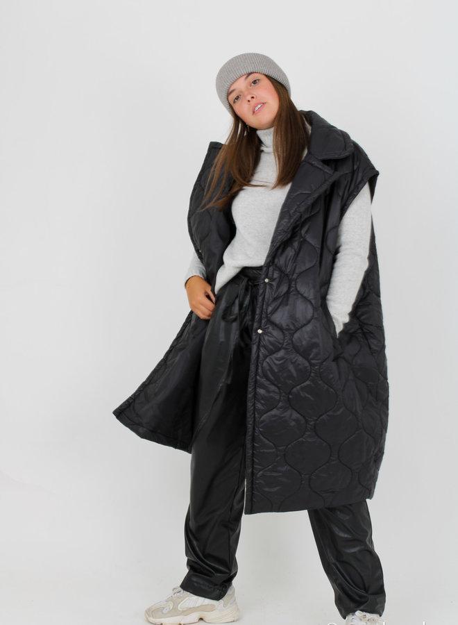 Sleeveless coat +colors