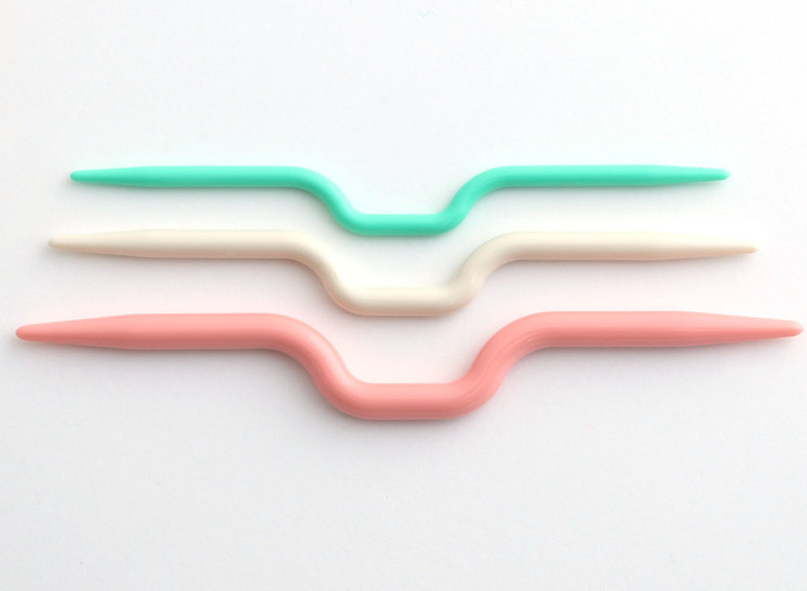 cable stitch holder