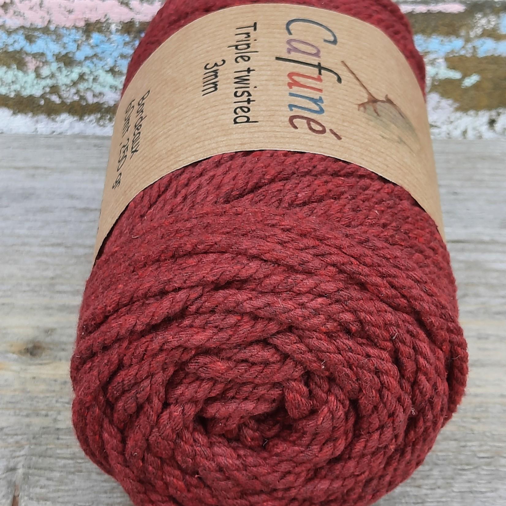 3mm Macrame touw Bordeaux, Triple twisted uitkambaar