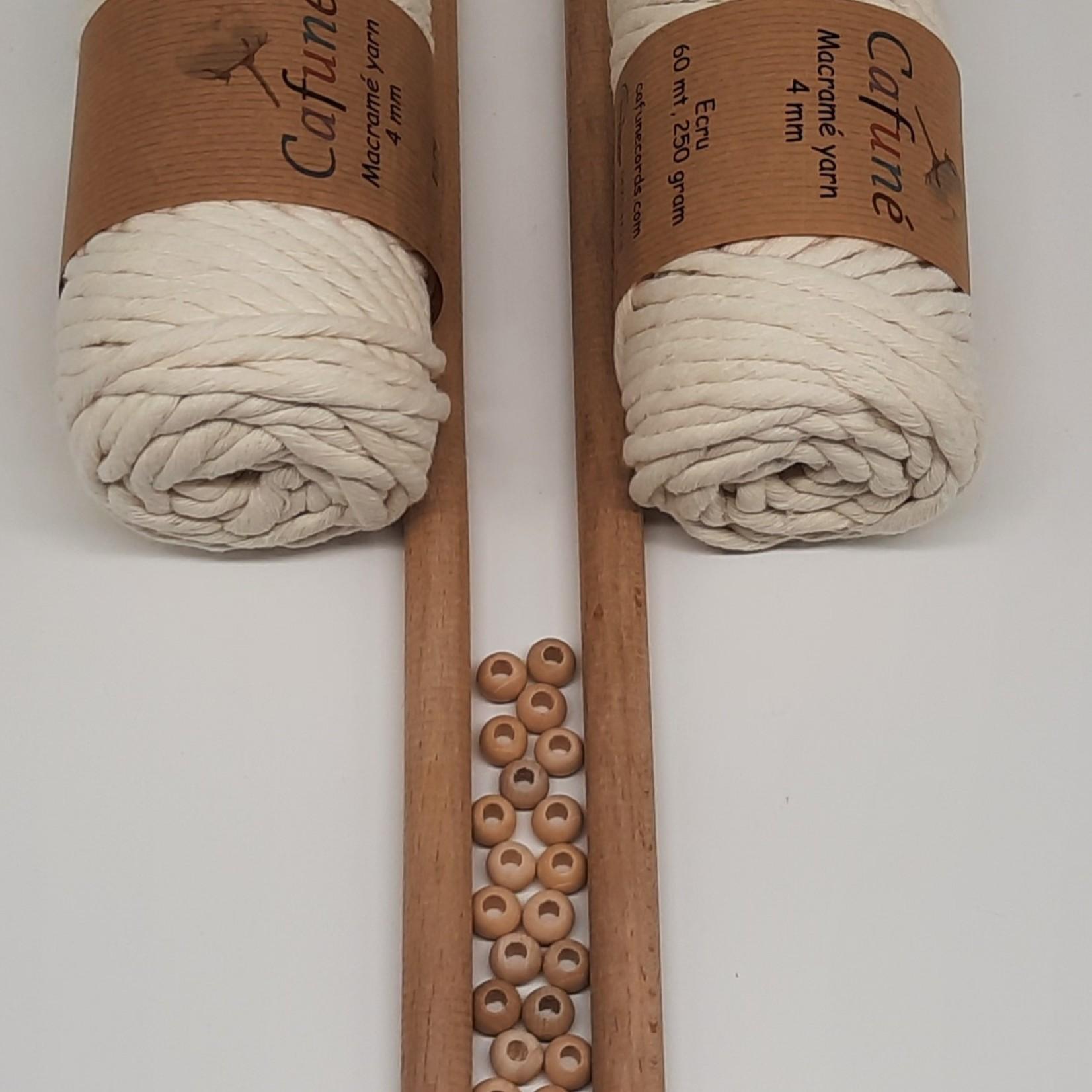 Macramé pakket DIY set Ecru 4mm met houten stokken en kralen
