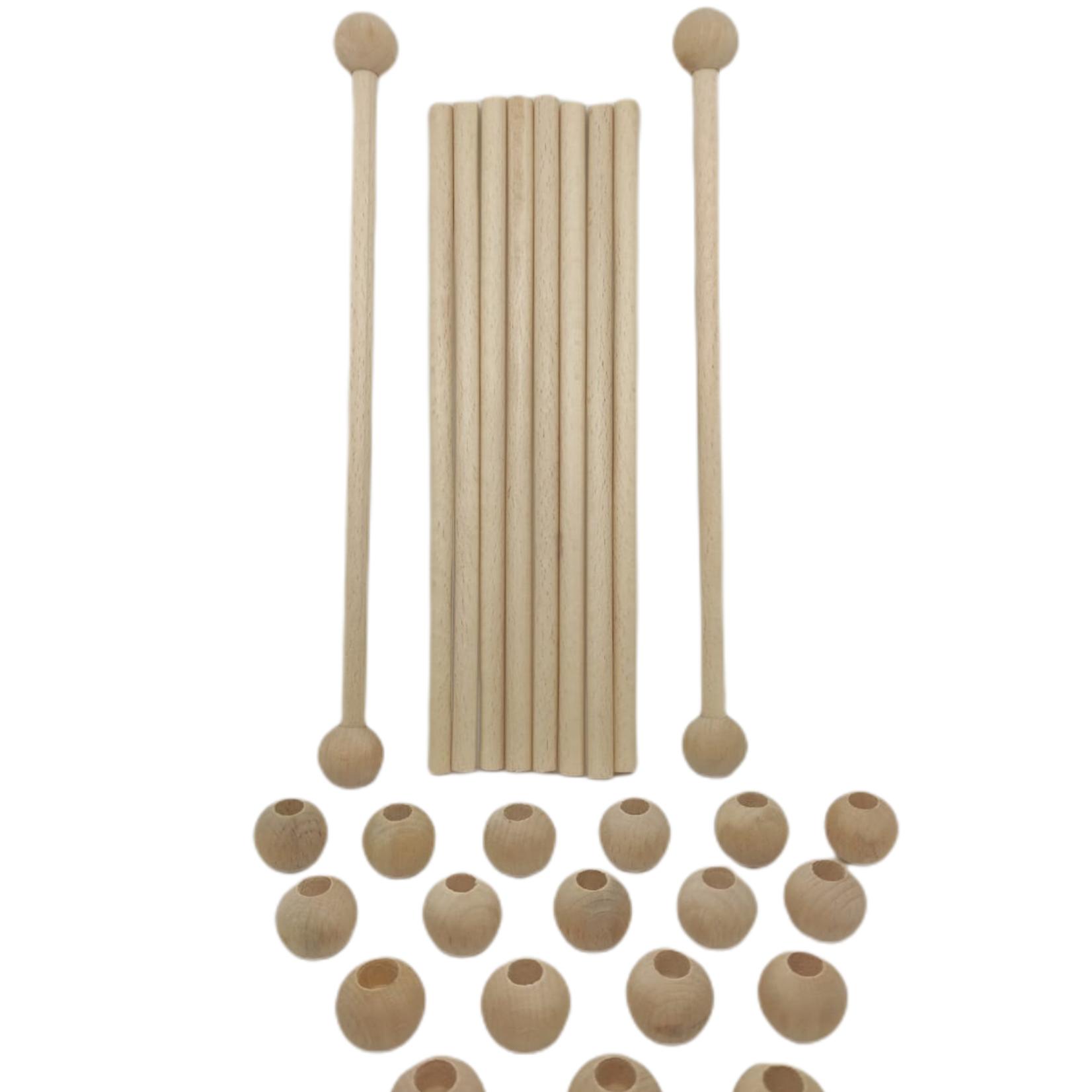 4 blankhouten stokken á 50cm