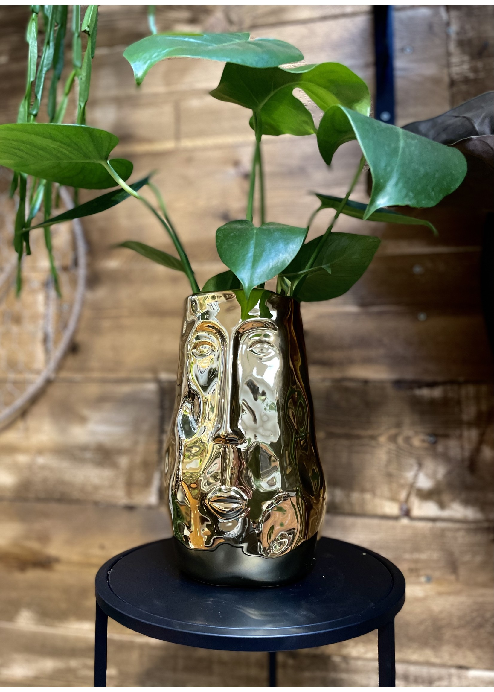 GOLD FACE LARGE HOLOGRAPHIC EFFECT