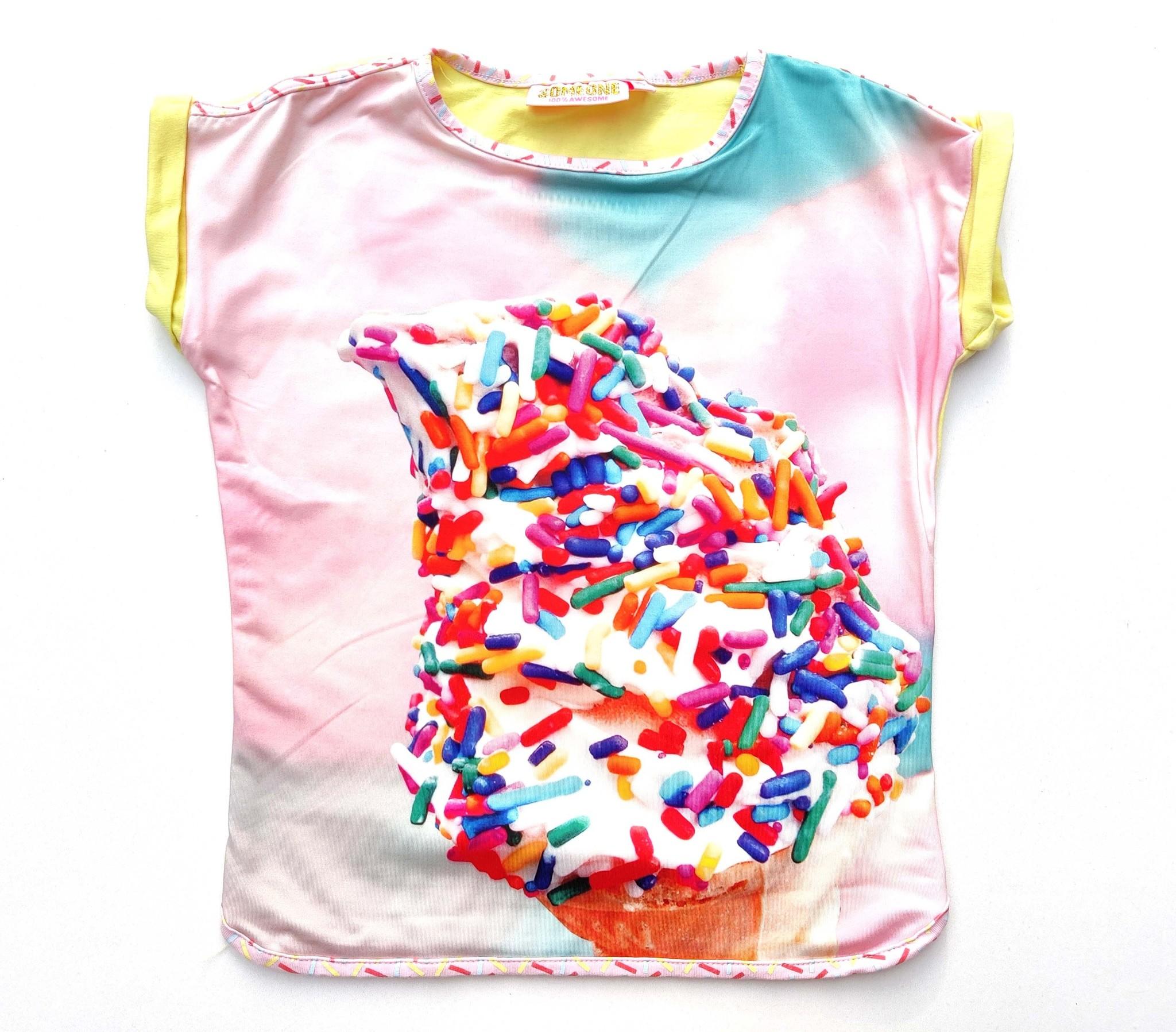 T-shirt Someone-1