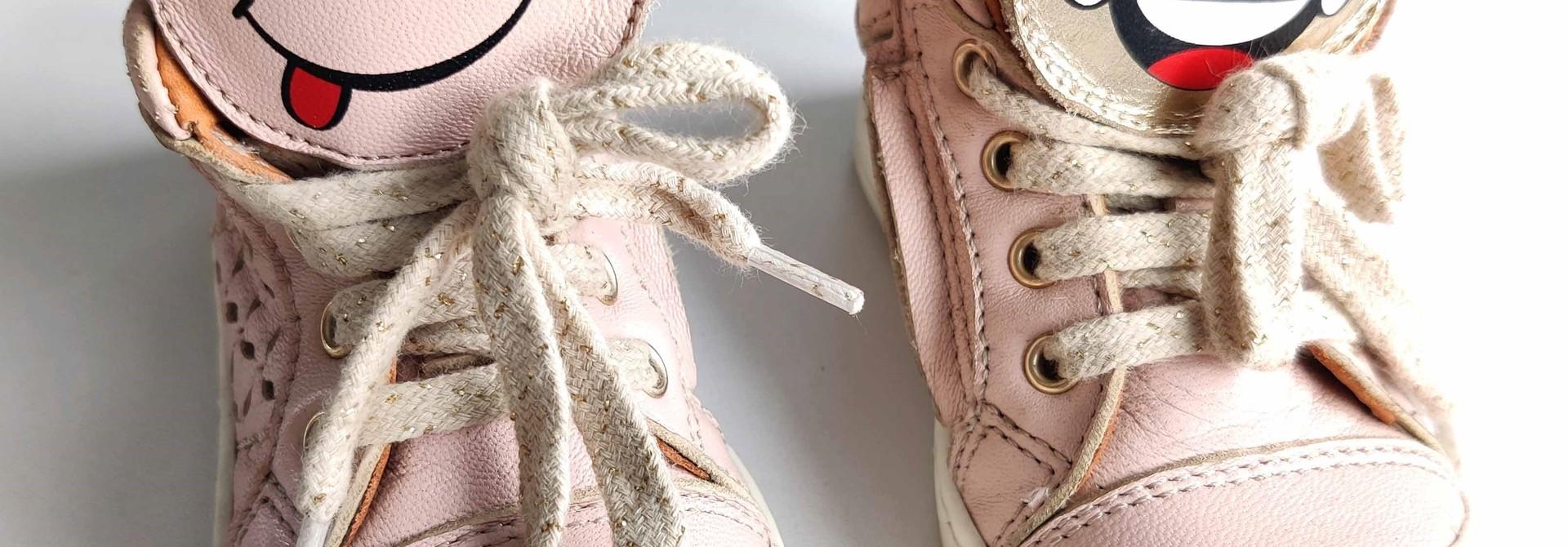Schoentjes Ocra maat 20