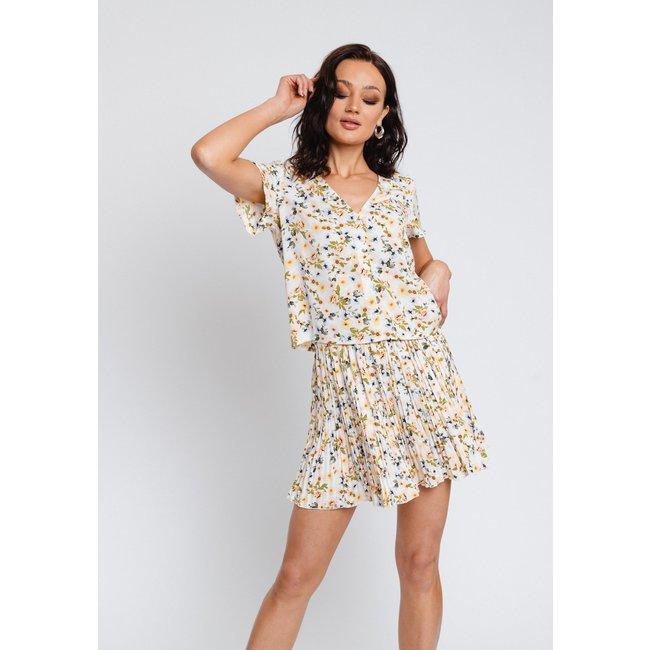 Gavi fashion nora skirt white flower