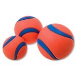 Ballen en werpstokken