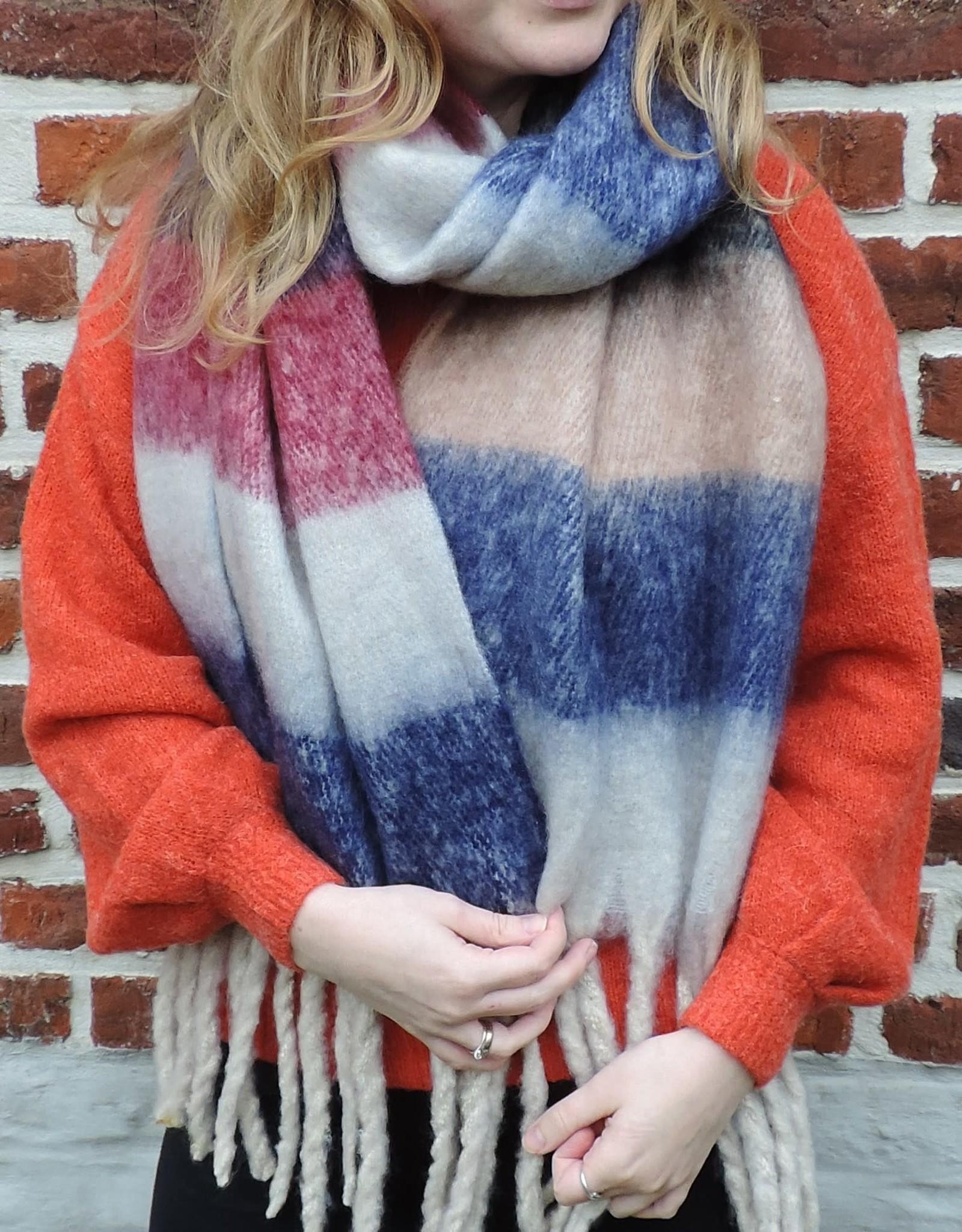 Dusty scarf blue