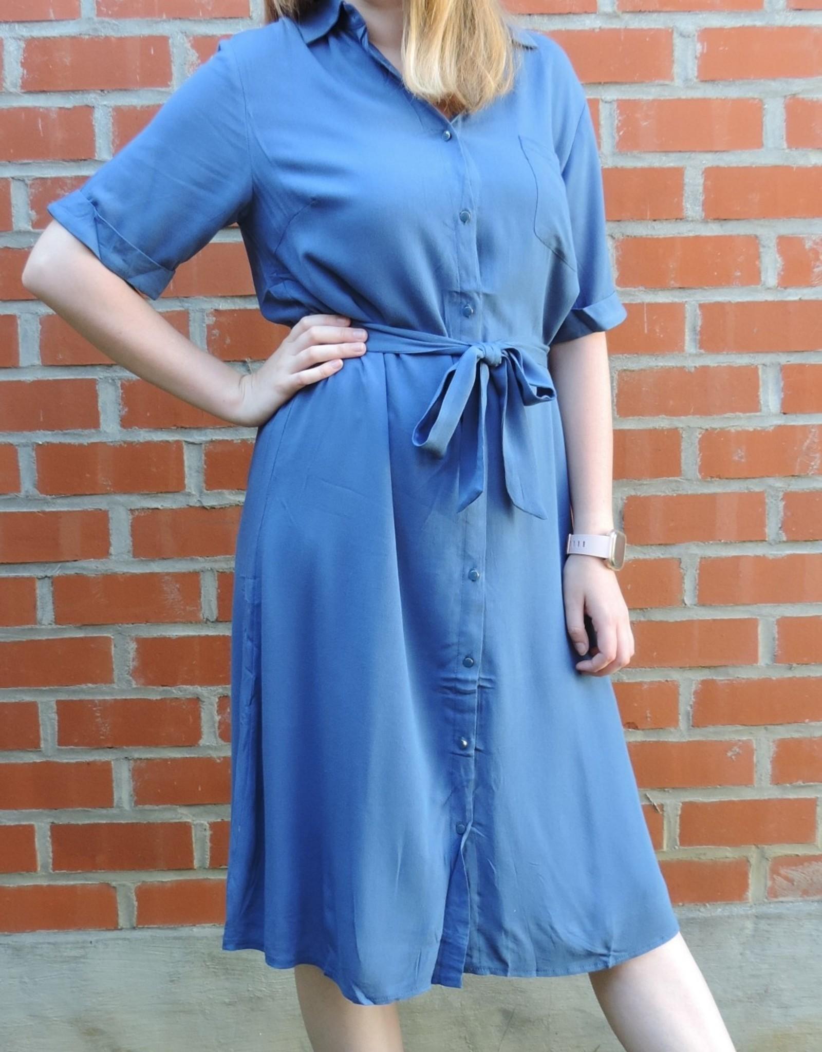 Nile dress blue
