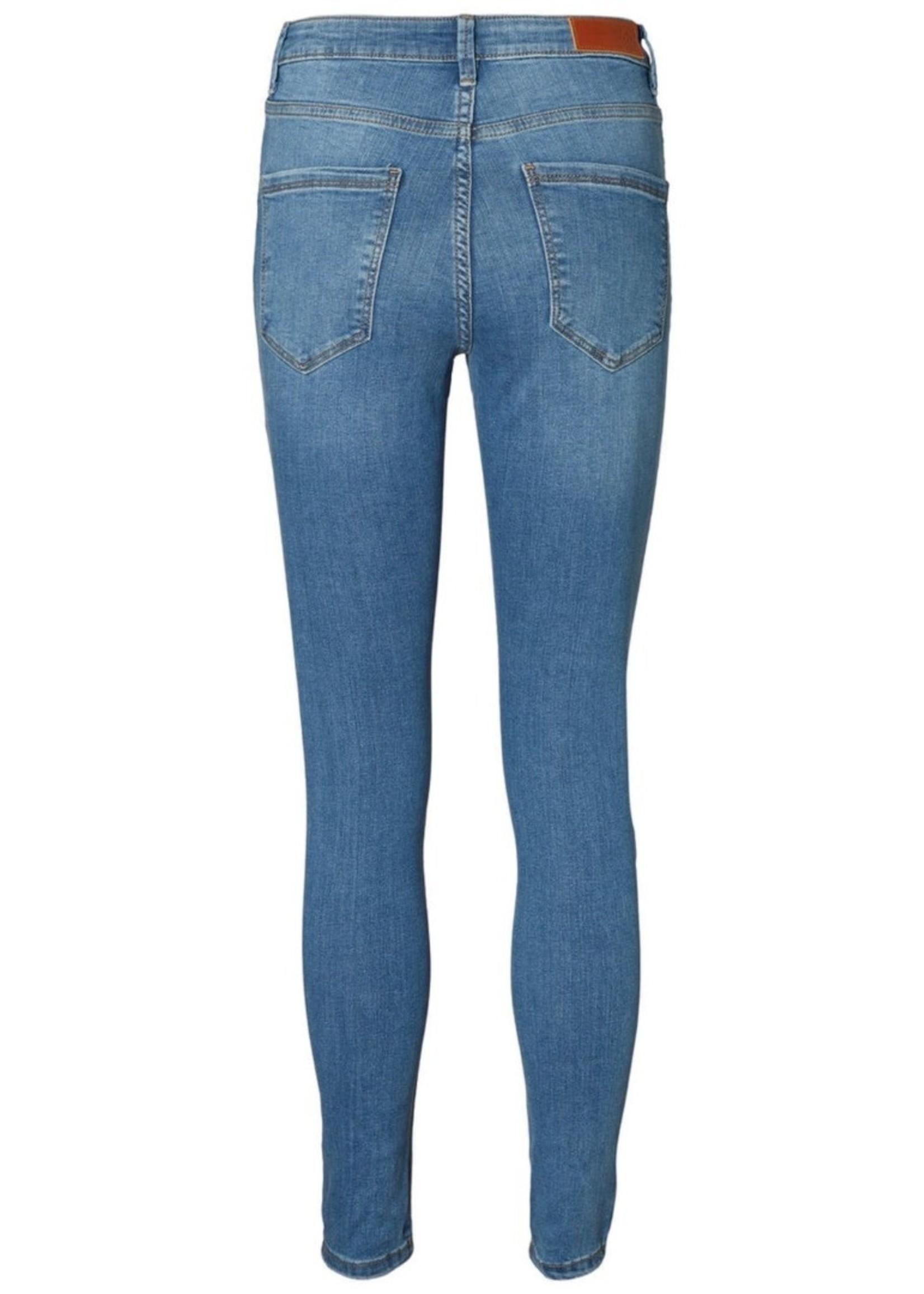 Vero Moda Curve Vero Moda Curve Sophia Jeans