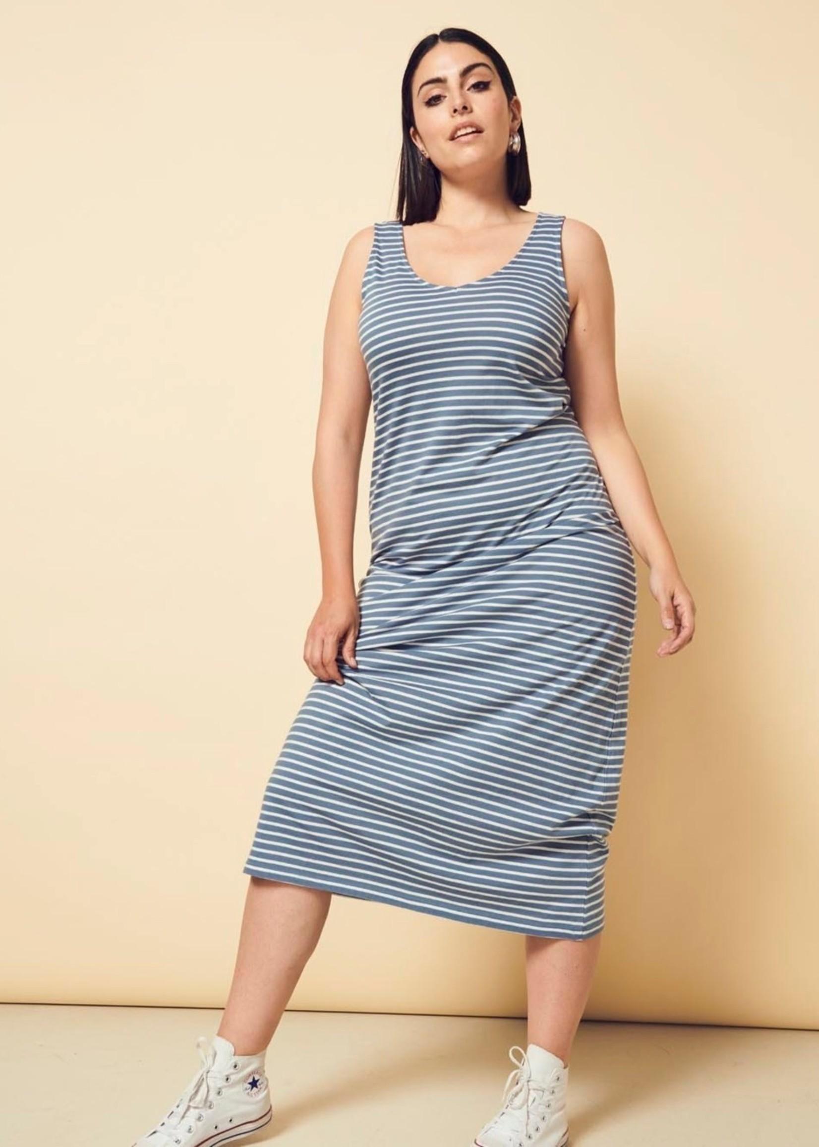 Only Carmakoma Only Carmakoma April Maxi Dress Stripe