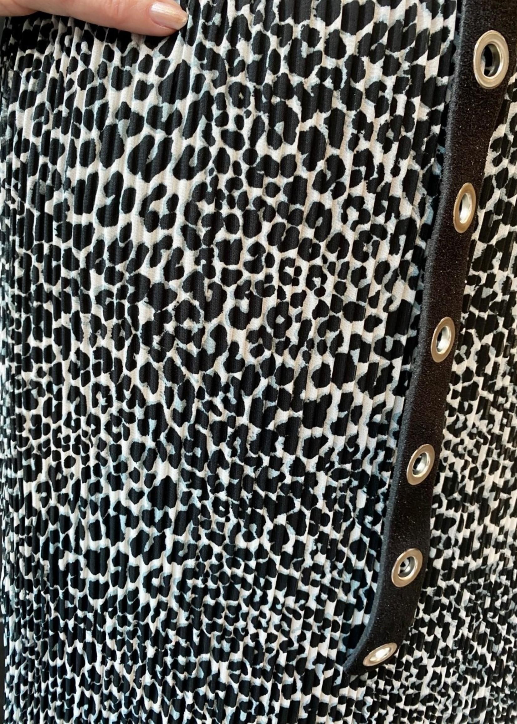 Elvira Collections Elvira Collections Amber Plissé Skirt