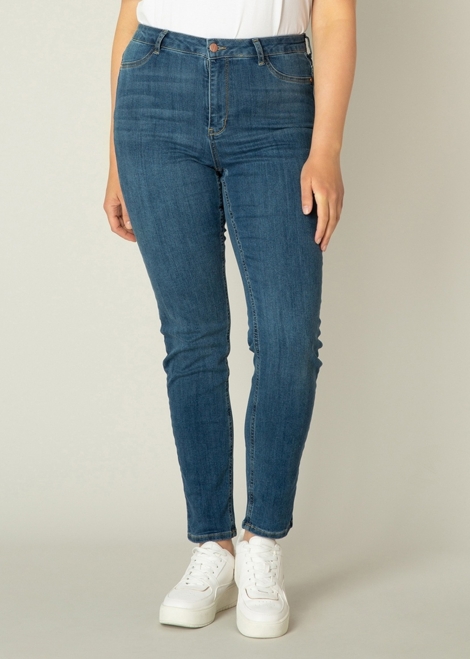 Base Level Curvy Base Level Curvy Faya Jeans
