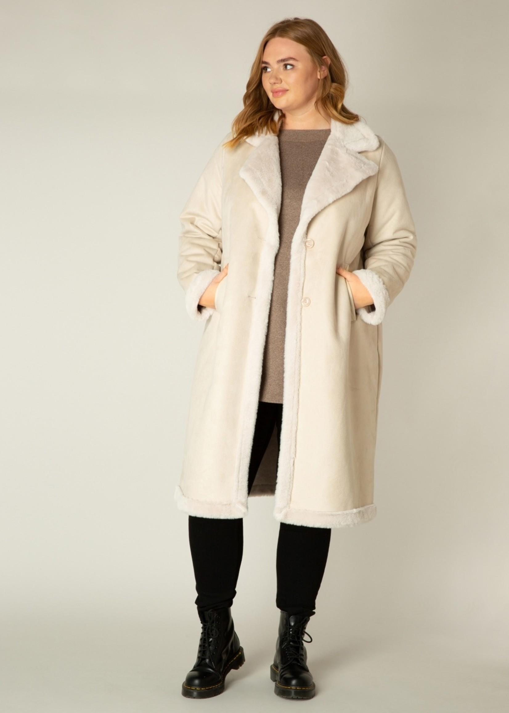 Yesta Yesta Sandy White Coat