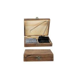 9 whiskystenen met tang in houten kistje