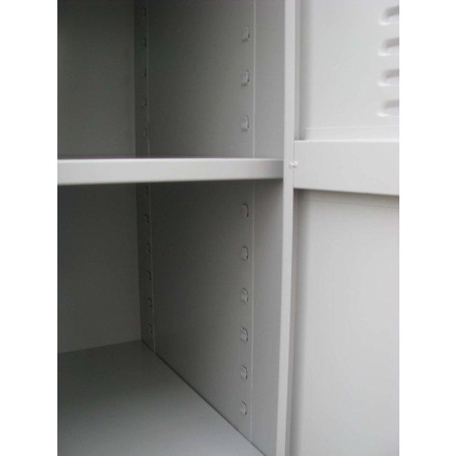 A-Locker 3 deurs Grijs Met 12 Legplanken