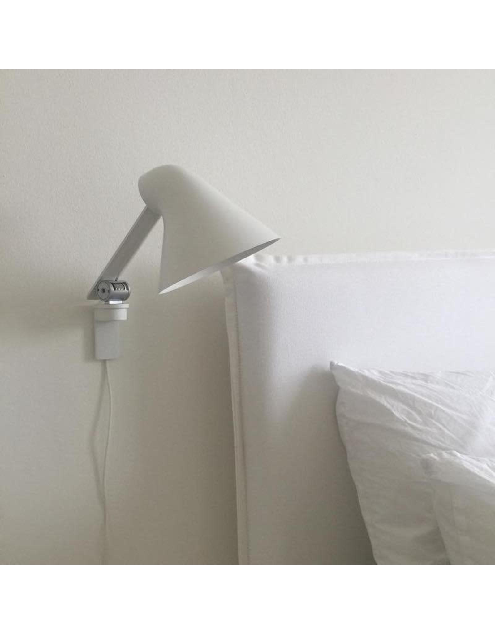 NJP LED WALL LAMP SHORT ARM