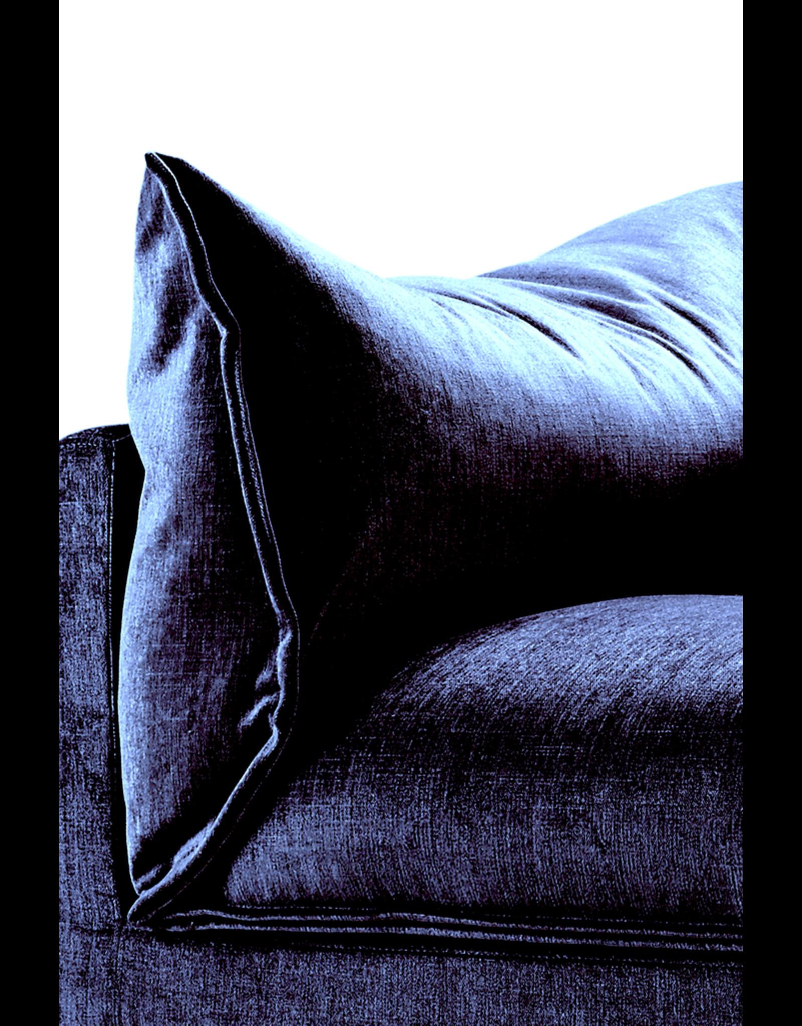 EILERSEN BUTTERFLY SOFA IN BLUE FABRIC