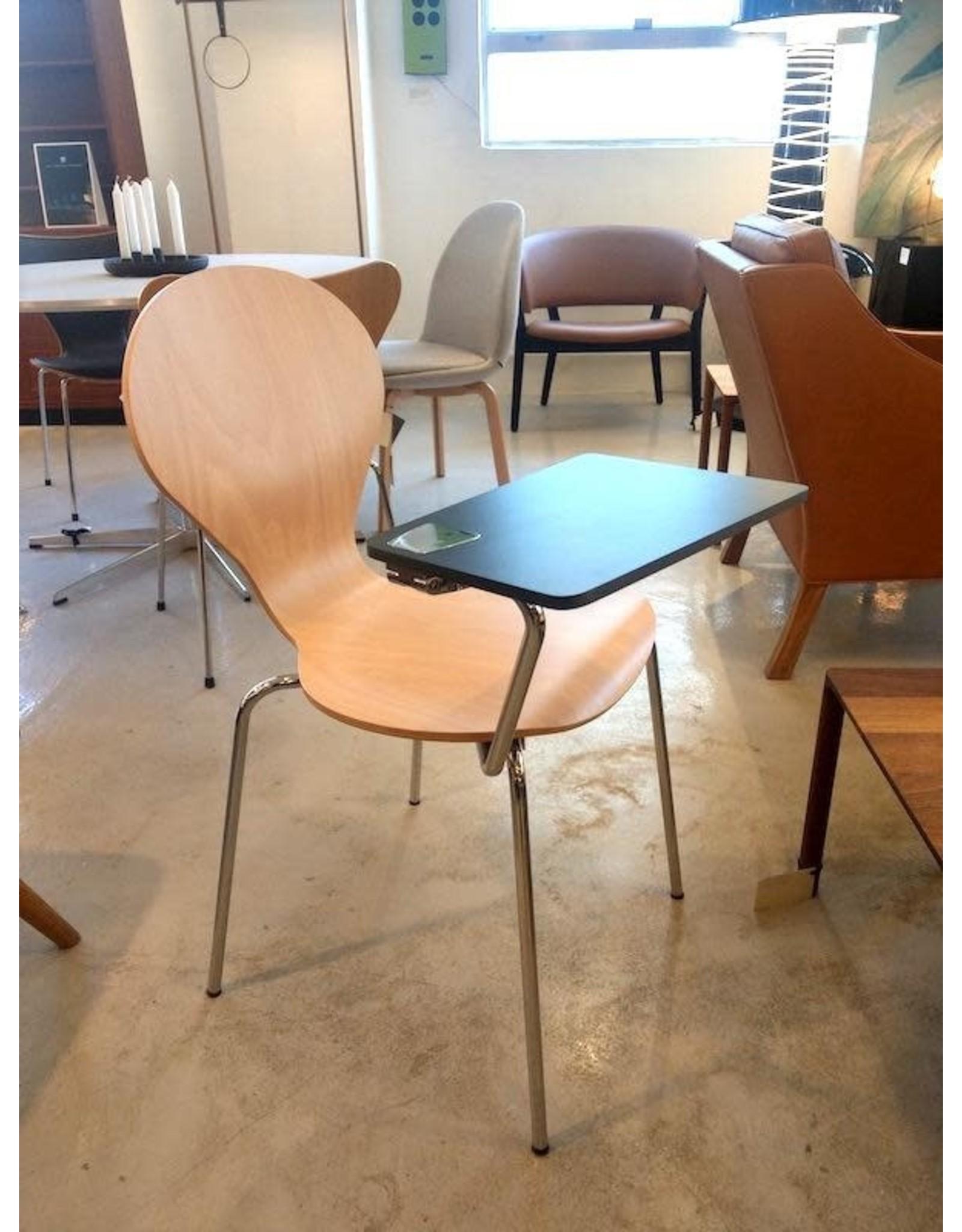 RONDO 椅子連黑色板