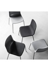 4200 PATO CHAIRS IN 4 LEGS TUBE BASE