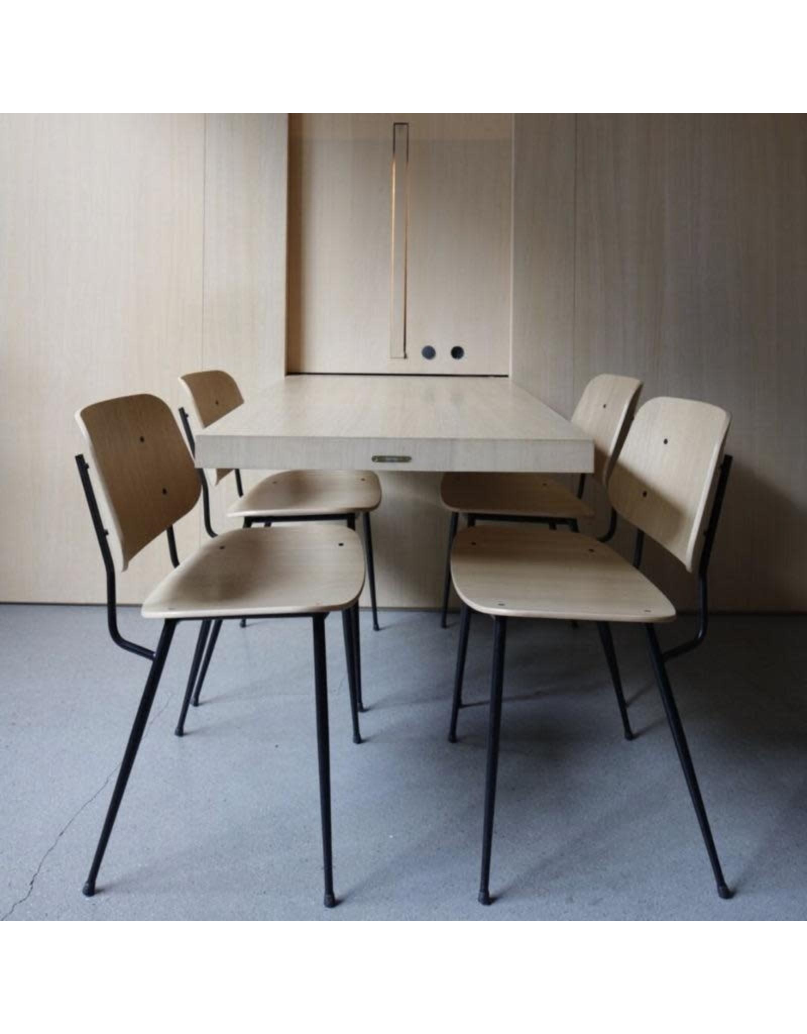 FREDERICIA 3060 SOBORG 金属框架椅子