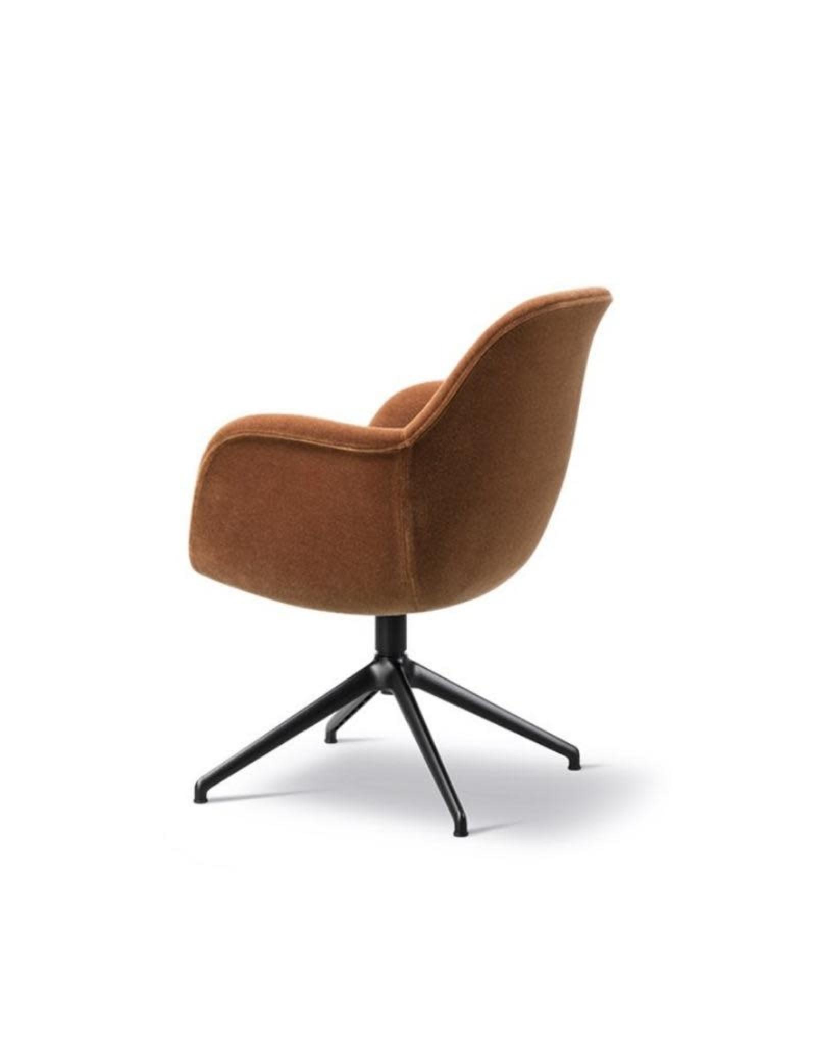 1779 SWOON 轉椅