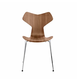 FRITZ HANSEN 3130 GRAND PRIX 可堆疊胡桃木椅子