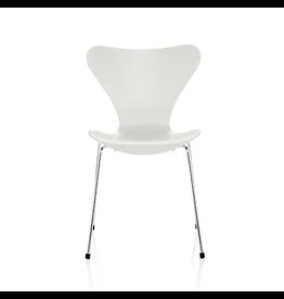 FRITZ HANSEN 3107 系列7 白色漆面椅子