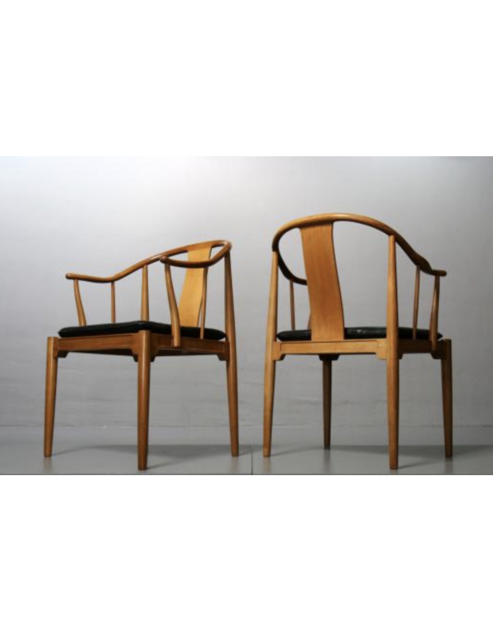 CHINA CHAIR IN CHERRY