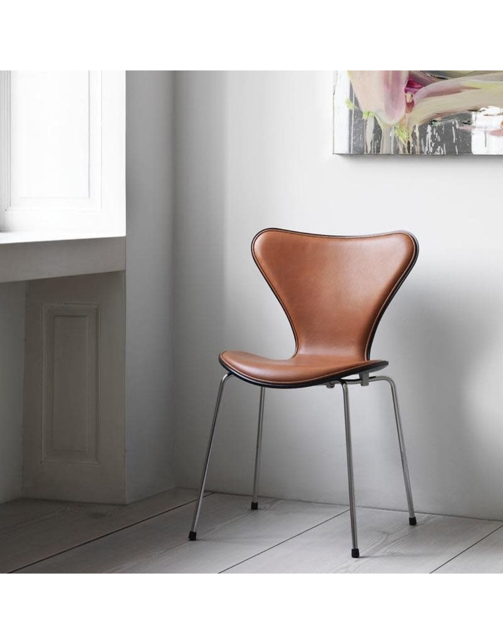 FRITZ HANSEN 3107 SERIES 7 CHAIR, FRONT UPHOLSTERED LEATHER