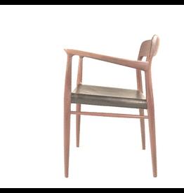 型號56 MØLLER 扶手椅