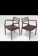 型號62 胡桃木油妝 MØLLER 扶手椅