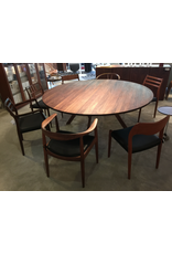 KARL ANDERSSON & SÖNER 3180 YPSILON CUSTOM ROUND DINING TABLE, FIVE LEGS